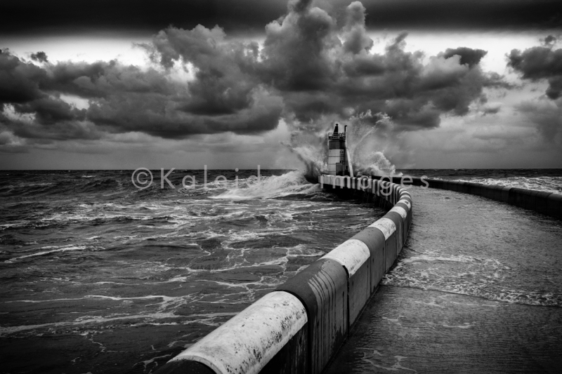 Atlantic;Atlantique;Cap Breton;Capbreton;Clouds;Hossegor;Kaleidos;Kaleidos images;Landes;Mer;Nouvelle-Aquitaine;Nuages;Ocean;Océan;Orage;Sea;Storm;Tarek Charara