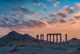 Colonnes;Coucher-de-soleil;Kaleidos;Kaleidos-images;Middle-East;Moyen-Orient;Naher-Osten;Near-East;Palmyra;Palmyre;Proche-Orient;Sunset;Syria;Syrie;Tadmor;Tadmur;Tarek-Charara